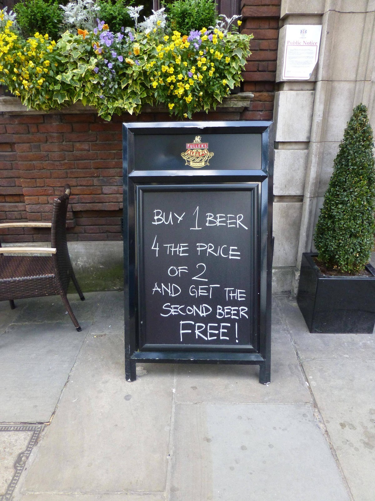 best restaurant signs beautiful signages funny restaurant signs free beer